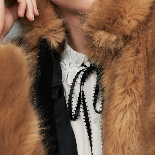 Cropped faux fur jacket : Jackets color Camel