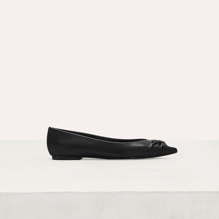 Flat leather pumps : Flat shoes color Black 210