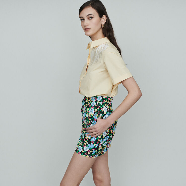 Short skirt with floral print : Skirts & Shorts color Printed