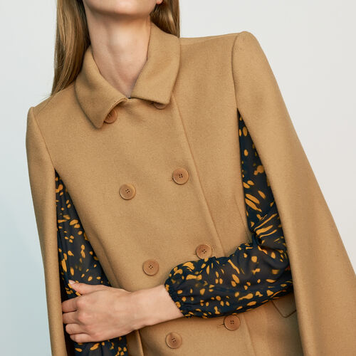 Cape-coat in virgin wool : Coats color Camel